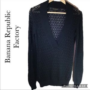 Banana Republic Factory Navy open knit sweater M